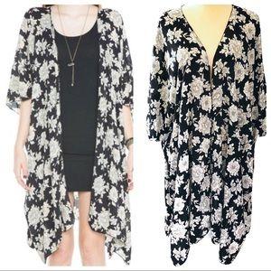 Brandy Melville Alexis Floral Kimono OS